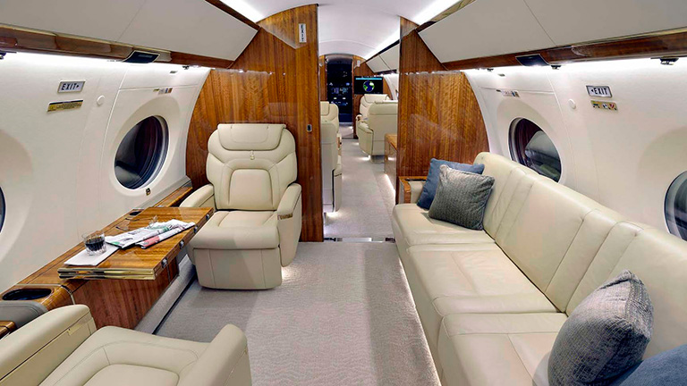 Интерьер салона Gulfstream 650