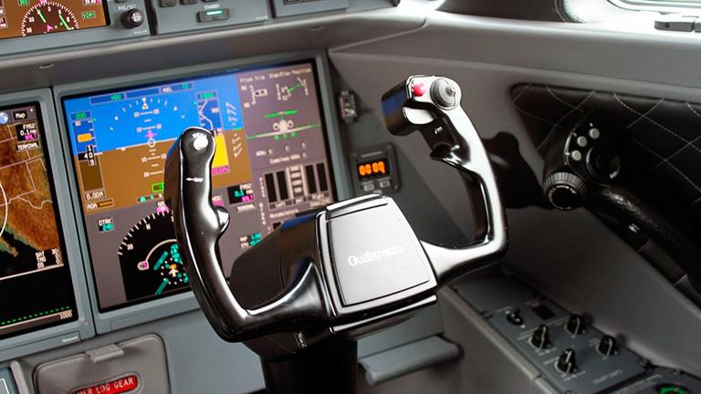 Кабина пилотов G650