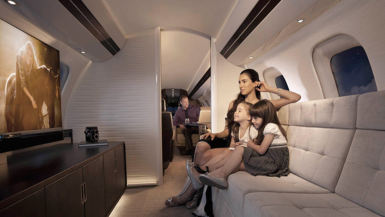 Развлечения и отдых на борту Bombardier Global 6000