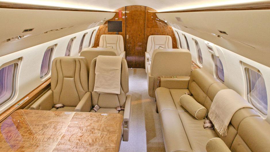 Bombardier Challenger 605