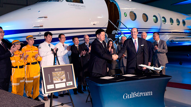Джо Ломбардо и Прес Хэнне (Gulfstream)