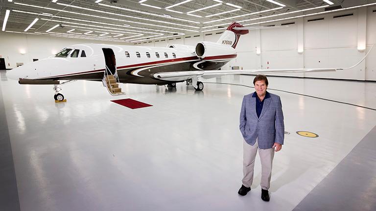 Первый владелец Cessna Citation X+ Джерри Бучхейт